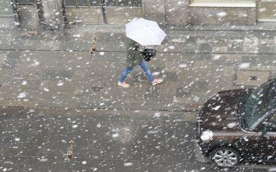 Wechselhaftes Aprilwetter - Schneetreiben und Sonnenschein