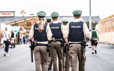 Polizei auf der Wiesn.