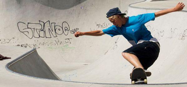 Skater in Bowl