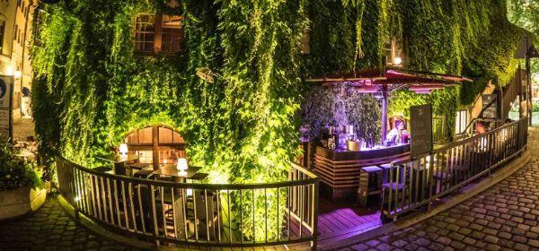 Das Platzl Karree Boden & Bar