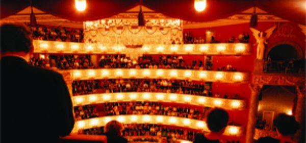 Vorstellung im Nationaltheater