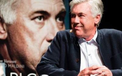 Carlo Ancelotti bei der Vorstellung seiner Autobiographie.