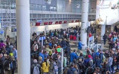 Passagiere am Münchner Flughafen.