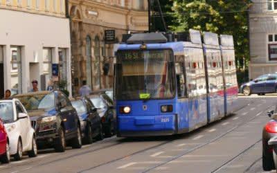 Tramlinie 16 am Reichenbachplatz