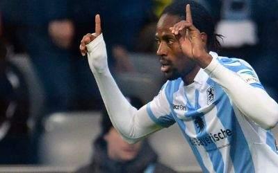 Abdoulaye Ba jubelt über sein Tor zum 1:0.