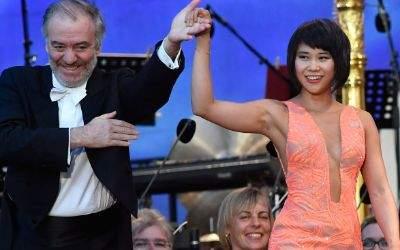 Yuja Wang mit Dirigent Valery Gergiev bei Klassik am Odeonsplatz