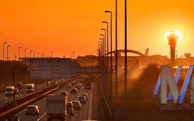 Straßenverkehr zum Flughafen München