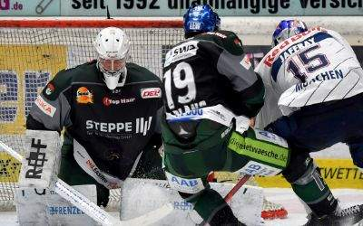 Spielszene aus EHC vs. Augsburg.