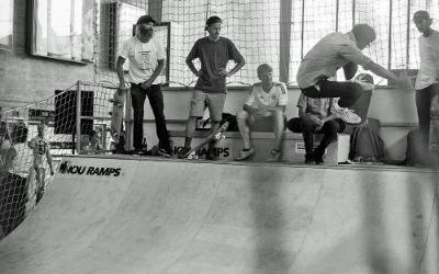 Skatebahnhof in der Schalterhalle am Hauptbahnhof