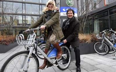 MVG Radstation am IT-Rathaus mit Monika Hable-Hafenbrädl und Gunnar Heipp