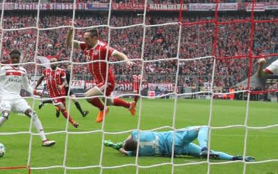 Franck Ribéry (FC Bayern) auf dem Weg zum 1:0.
