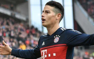 James Rodriguez jubelt nach seinem Treffer zum 0:2.