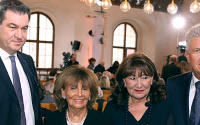 Gedenkakt zu 80 Jahren Reichspogromnacht mit Markus Söder, Charlotte Knobloch, Petra Reiter und Dieter Reiter (v.l.)