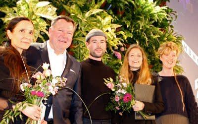 Münchner Modepreis 2018: Otilia Vlad (2. Preis), Bürgermeister Josef Schmid, Felix Richter (1. Preis) , Christina Kiker (Publikumspreis), Laura Maria Pairan (2. Preis)