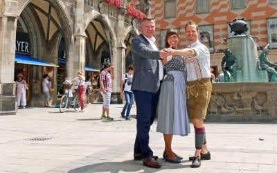 Pressetermin Stadtgründungsfest 2018 mit Bürgermeister Schmid und dem dem Tanzmeisterpaar Katharina Mayer und Magnus Kaindl