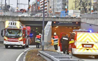 Feuerwehreinsatz im Richard-Strauss-Tunnel