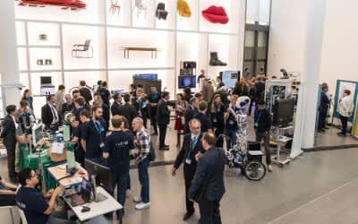 Die Eroeffnung der Munich School of Robotics and Machine Intelligence (MSRM) wird mit einem wissenschaftliches Symposium zur Gruendung der Forschungseinrichtung als erstes seiner Art in der Pinakothek der Moderne in Muenchen gefeiert