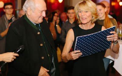 Claus Hipp und die Leiterin der Münchner Tafel Hannelore Kiethe