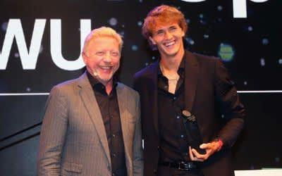 Alexander Zverev von Boris Becker mit Iphitos Award geehrt