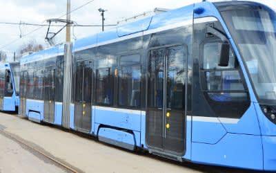 Tram-Gespann Doppeltraktion vom Typ Avenio
