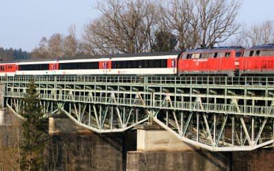 EuroCity-Zug auf der Strecke München - Lindau