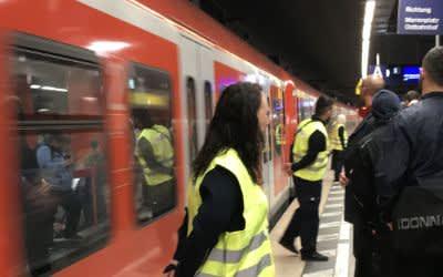 Einstiegslotsen bei der S-Bahn
