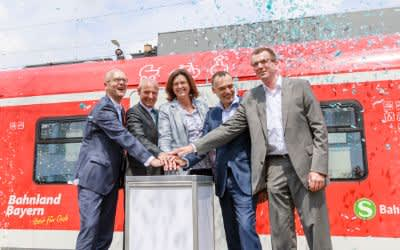Jungfernfahrt der neuen S-Bahn
