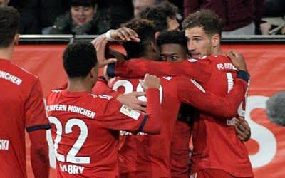 Der FC Bayern München besiegte den FC Augsburg zum Auftakt des 22. Spieltages mit 3:2.