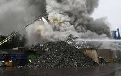 Brand in Recyclinganlage in Aubing