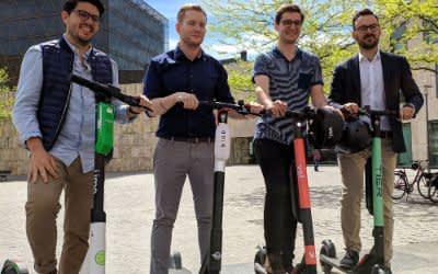 Anbieter von E-Scootern stellen Modelle in München vor