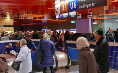 Rolltreppen am Marienplatz