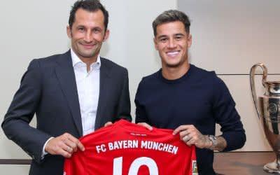 Sport-Direktor Hasan Salihamidžić und Bayern-Neuzugang Coutinho