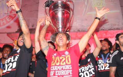 Die Spieler des FC Bayern feiern den Champions-League-Sieg 2020
