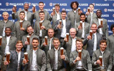 FC Bayern in Tracht