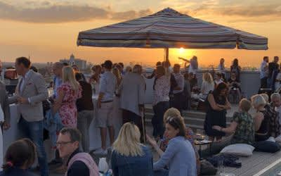 Buffet Kull Rooftop Pop Up