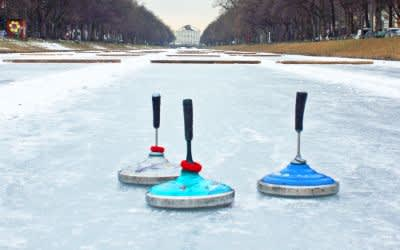 Eisstockschießen am Nymphenburger Kanal
