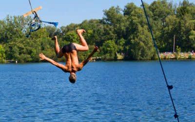 Mann springt in Feldmochinger See (Archiv)