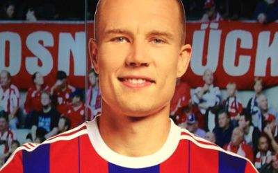 Aufsteller von Holger Badstuber in der FCB-Erlebniswelt.