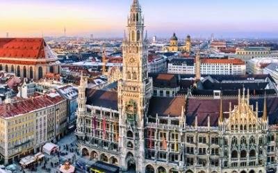 Das Münchner Rathaus im Winter
