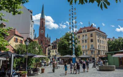 Der Wiener Platz in Haidhausen bei Sonnenschein