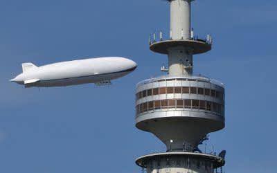 Zeppelin am Olympiaturm