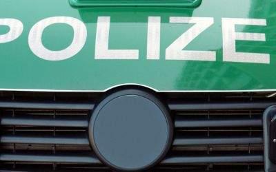 Polizei-Schriftzug auf Auto