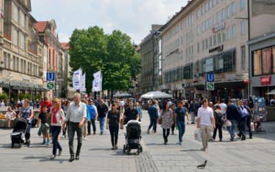 Die Fußgängerzone in der Münchner Innenstadt