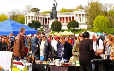 Riesenflohmarkt auf der Theresienwiese