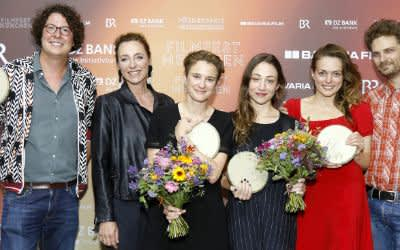 Foerderpreis Gewinner (v.r.: Linus de Paoli, Anna de Paoli, Aenne Schwarz, Eva Trobisch)