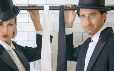 Zwei Krawatten - Eine Musikrevue der 20er-Jahre