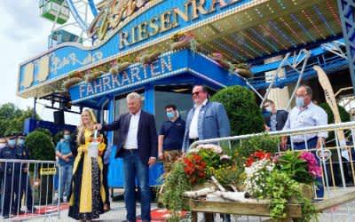 Taufe des Riesenrads am Königsplatz