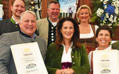"""Verleihung """"Ausgezeichnets Bayerisches Festzelt"""" auf dem Oktoberfest"""