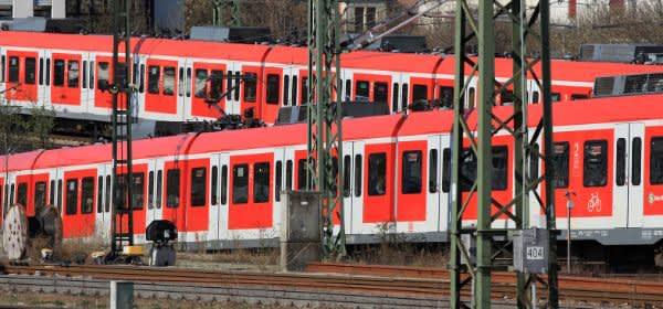 Zwei Züge der Münchner S-Bahn
