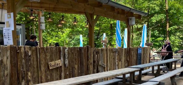 Bier- und Weingartens auf der Praterinsel